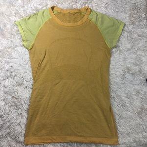 Lululemon Run: Swiftly Tech Short Sleeve Size 8